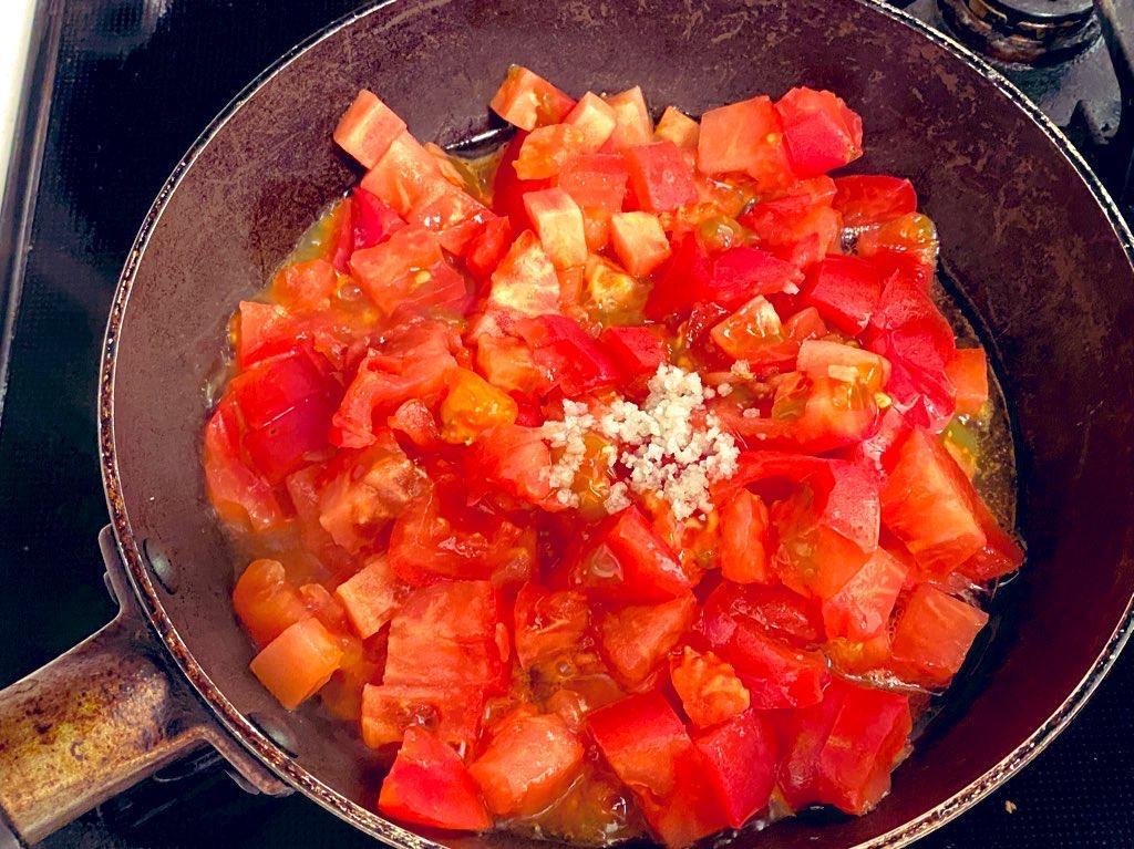 シンプルトマトソース